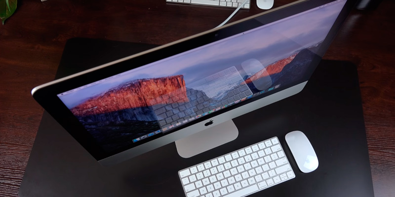 Apple iMac (2019) 21.5-inch Retina 4K Display (Intel Core i5, 8GB RAM, 1TB HDD) in the use