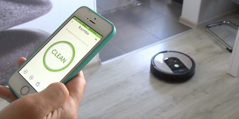 iRobot Roomba 966 Robot Vacuum Cleaner in the use