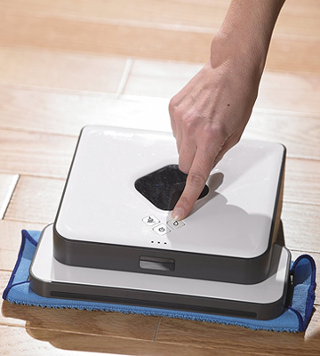 Review of iRobot Braava 390t Floor Mopping Robot