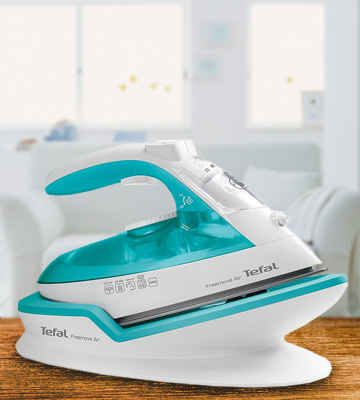 Review of Tefal FV6520G0 Freemove Air Cordless Steam Iron
