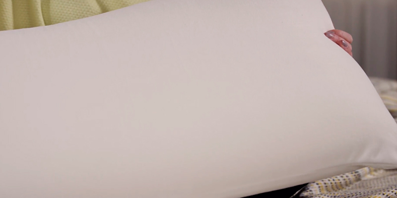 Review of Silentnight 201055 Impress Deluxe Memory Foam Pillow