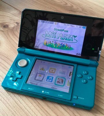 Review of Nintendo 3DS Handheld Console