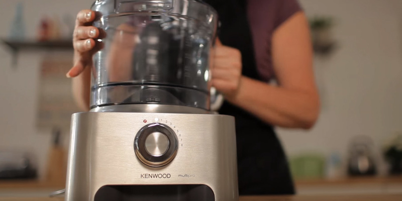 Kenwood FDM781BA Multi-Pro Classic Food Processor, 1000 W - Silver in the use