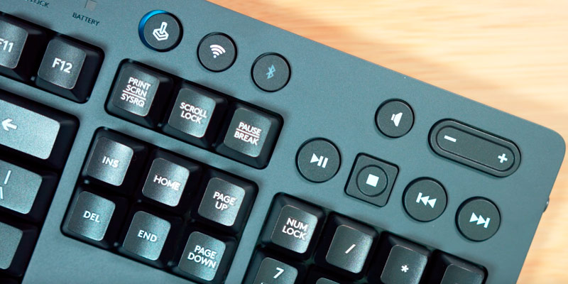 Logitech G613 Wireless Gaming Keyboard in the use