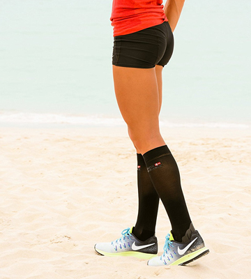 Review of Danish Endurance Graduated Compression Socks for Men & Women, Boost Performance, Circulation & Recovery