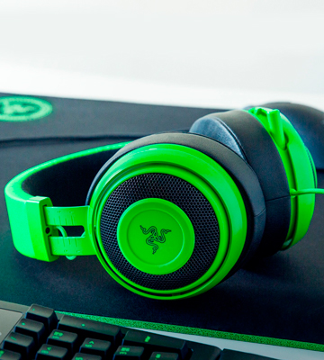 Review of Razer Kraken Gaming Headset with Retractable Mic (PC, PS4 & Mobile Devices)