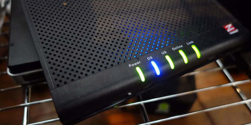 Zoom DOCSIS 3.0 Cable Modem in the use