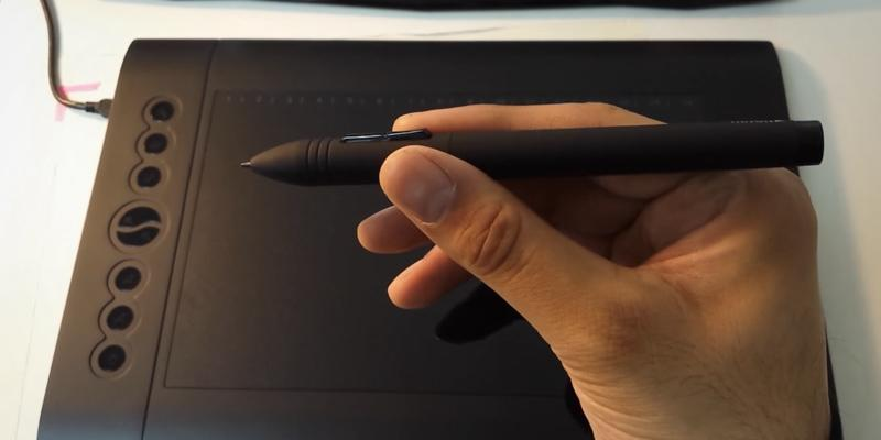 Huion H610 Pro Graphics Drawing Pen Tablet in the use