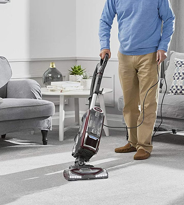 Review of Shark [NV681UKT] Lift-Away Upright Vacuum Cleaner Pet Hair