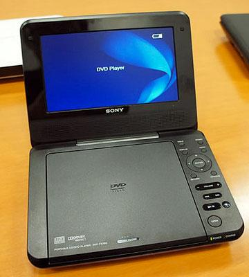 Review of Sony DVPFX780 Portable DVD Player