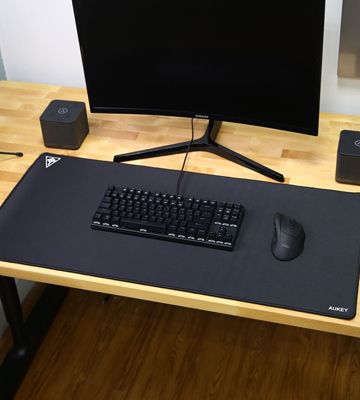 Review of Aukey KM-P3 Gaming Extended Mouse Pad