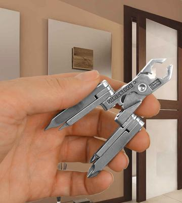 Review of Swiss Tech MMCSSS Micro-Max 19-in-1 KeyChain MultiTool