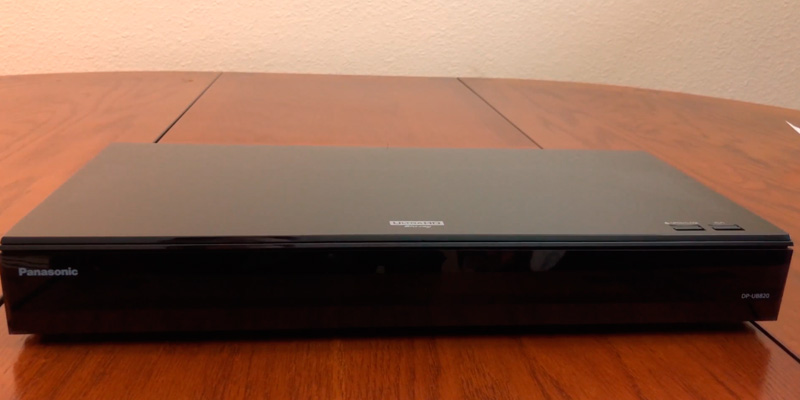 Review of Panasonic DP-UB820EBK Smart 3D 4K UHD Upscaling Blu-Ray /DVD Player