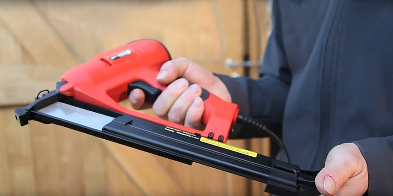 Tacwise 400ELS Electric Nail Gun in the use