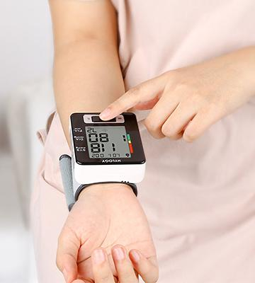 Review of Hylogy Wrist Blood Pressure Monitor