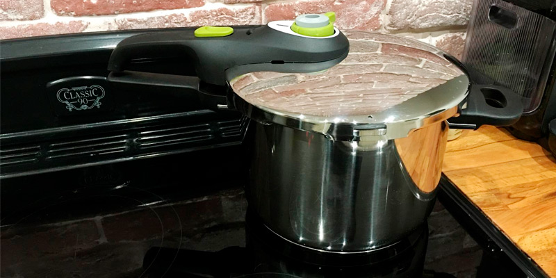 Tefal Secure 5 Neo Pressure Cooker, 6 Litre in the use
