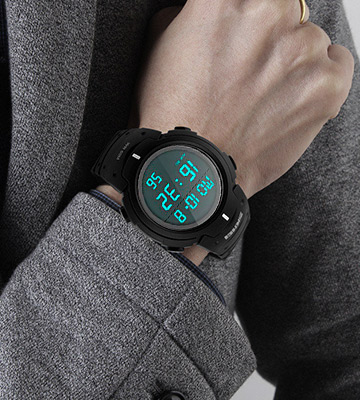 Review of VERYCOZY Sport Watch 50M Waterproof Watch, Sport Wrist Watch for Men