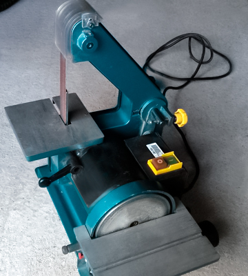 Review of Clarke CBS1-5 BELT/DISC SANDER