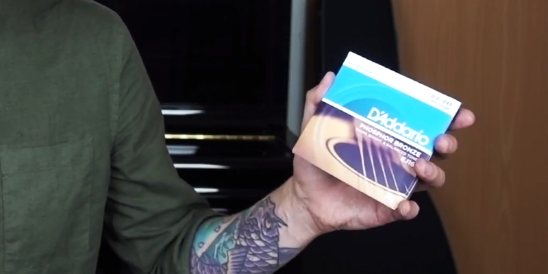 Review of D'Addario EJ16 Phosphor Bronze Light