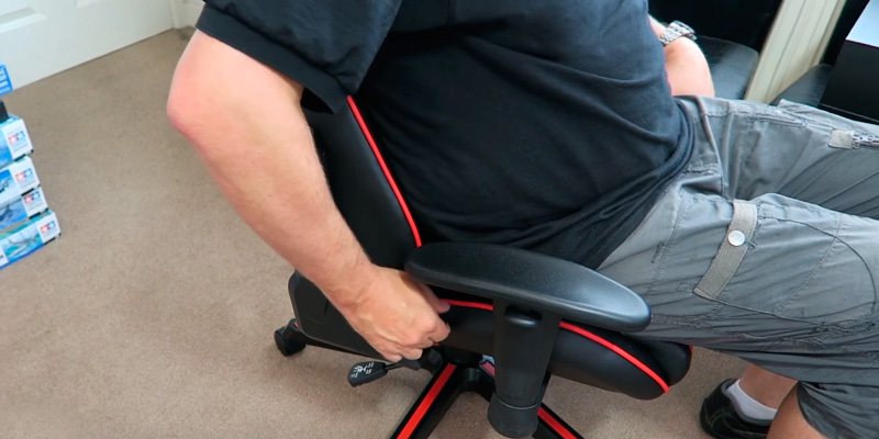 Review of DXRacer GC-F11-NR-H1 Gaming Chair