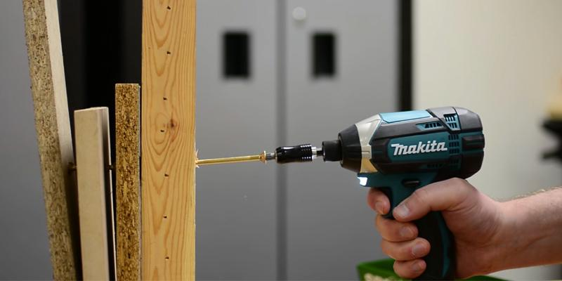 Makita DTD152Z in the use