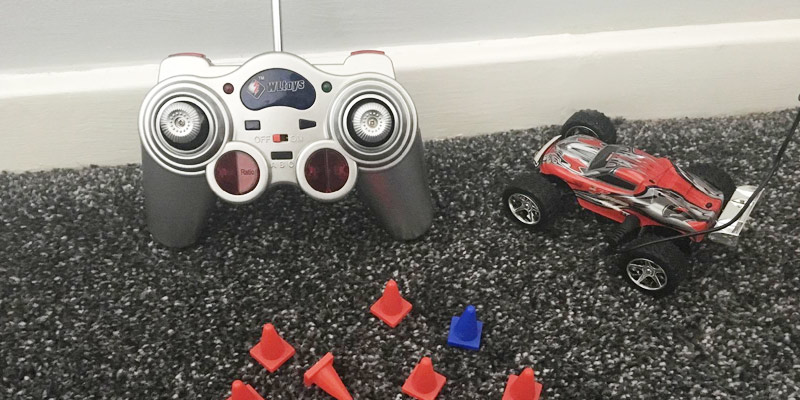 Detailed review of DeeXop Speed Racing RC Car