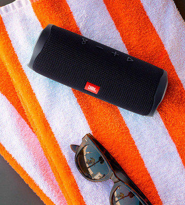 Review of JBL Flip 5 Portable Bluetooth Speaker with Rechargeable Battery