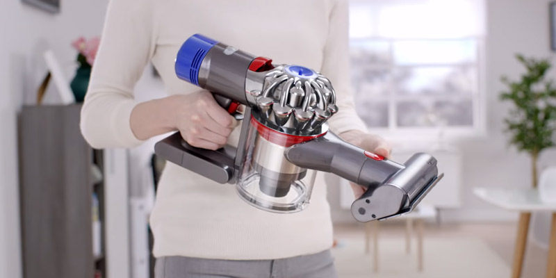 Review of Dyson V8 Animal Handheld Vacuum Cleaner