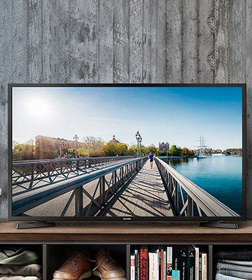 Review of Samsung UE43NU7020 43 Inch Smart 4K Ultra HD TV with HDR