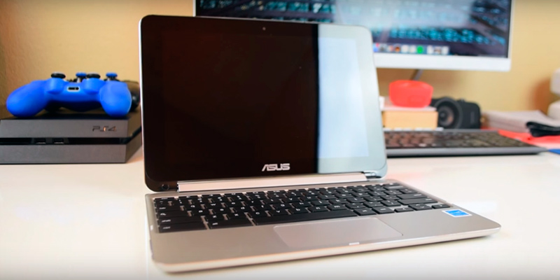 ASUS C100PA-FS0002 Chromebook in the use