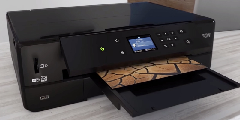 Epson XP-900 Expression Premium A3 Wi-Fi Printer, Scan and Copy with CD/DVD Printing in the use