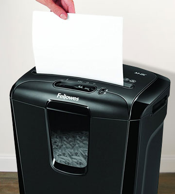 Review of Fellowes Powershred M-8C Cross-Cut Personal Shredder