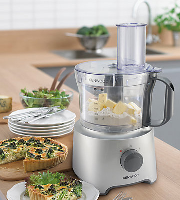 5 best food processors reviews of 2018 in the uk bestadvisers review of kenwood fdp301si multi pro compact food processor forumfinder Gallery