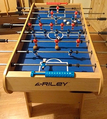 Review of Riley FFT13-4LN Men's Azteca 4' Folding Football Table