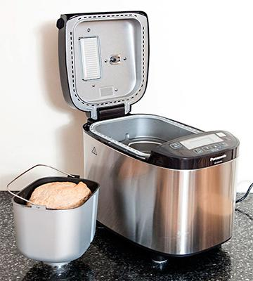 Review of Panasonic SD-ZB2502BXC Bread Maker
