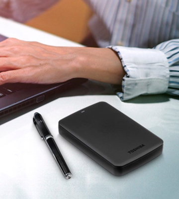 Review of Toshiba HDTB310XK3AA Portable Hard Drive