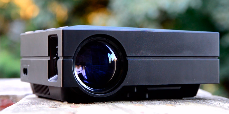 Review of ELEPHAS Portable LED Pico Projector