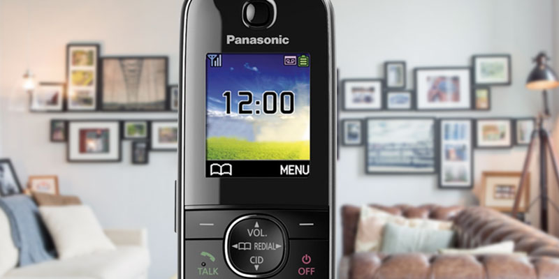 Review of Panasonic KX-TGJ324EB Quad Handset Cordless Home Phone with Nuisance Call Blocker
