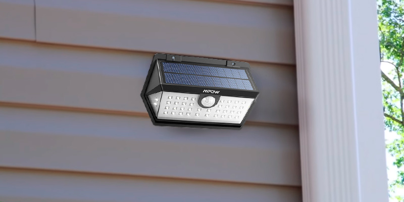 Detailed review of Mpow HMMPCD159BB-UKAA1 40 LED Solar Light with Motion Sensor
