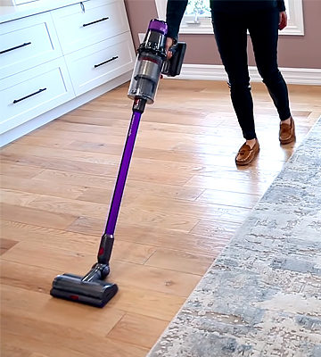 Review of Dyson V11 Animal Vacuum Cleaner
