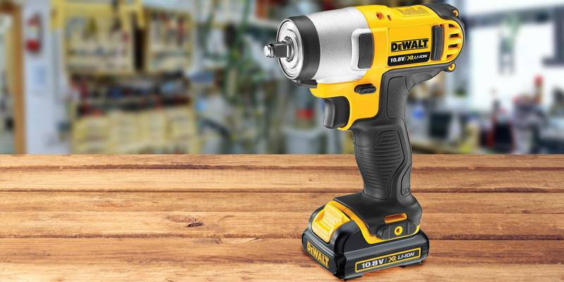 Review of DEWALT DEWDCF813D2