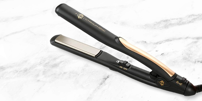 Review of JINRI JR-810 Pro Titanium Plate 4/5 Mini Hair Straightener