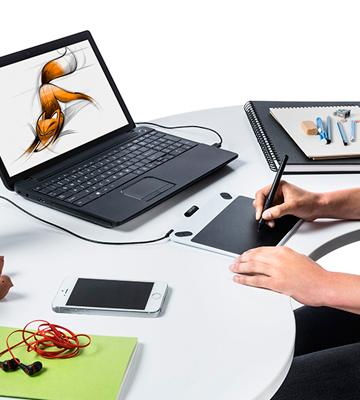 Review of Wacom CTL490DW Digital Drawing and Graphics Tablet