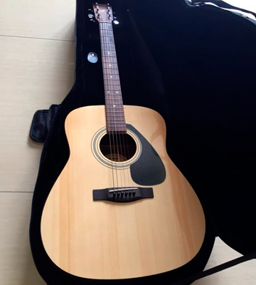 Review of Yamaha F310 Acoustic Guitar