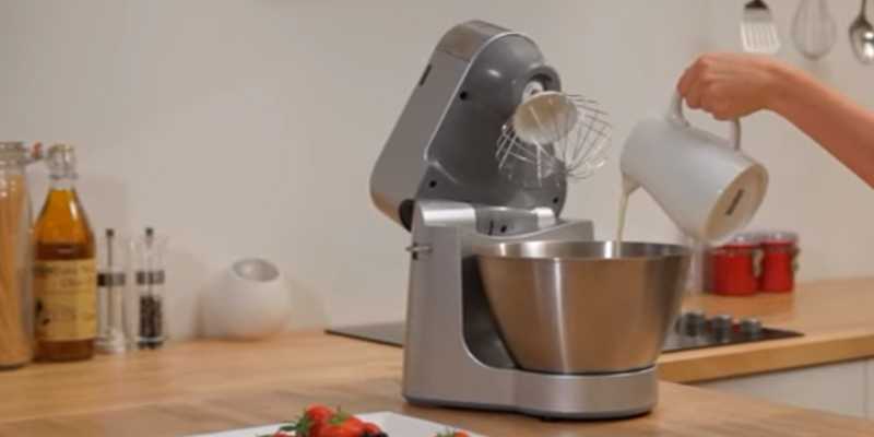 Detailed review of Kenwood KM240 Stand Mixer