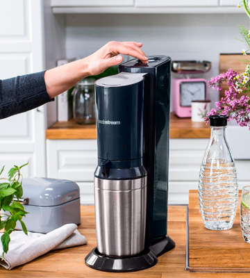 Review of SodaStream Crystal Sparkling Water Maker