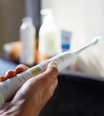 Review of Philips HX8911/04 Sonicare HealthyWhite+ Electric toothbrush