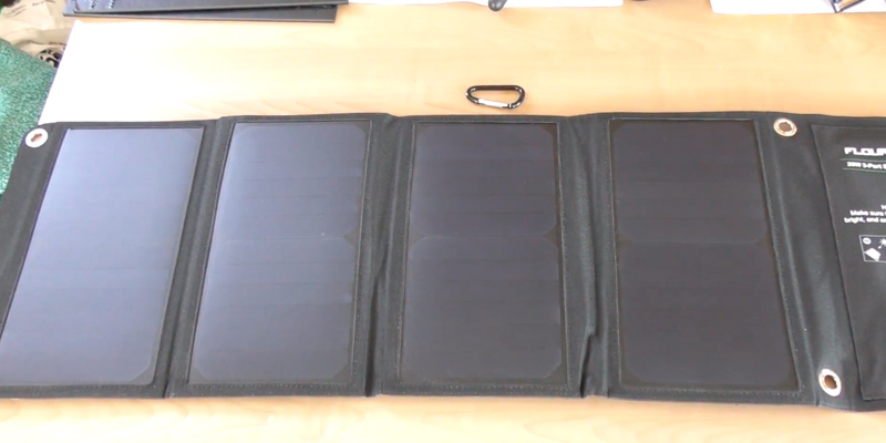 Review of Floureon T015388CI Solar Charger Power Bank