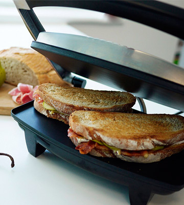 Review of Breville VST025 Sandwich Press