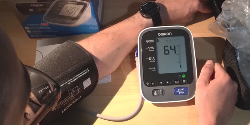Review of Omron M7 Intelli IT Upper Arm Blood Pressure Monitor